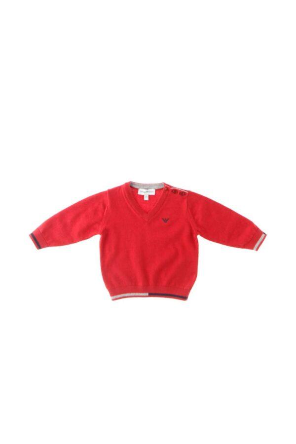 Un maglione che renderà il tuo bambino un piccolo uomo quello firmato Emporio Armani. Realizzato in lana e cotone assicura calore e comfort prolungati. Potrai abbinarlo a una camicia e un pantalone elegante per total look impeccabili.