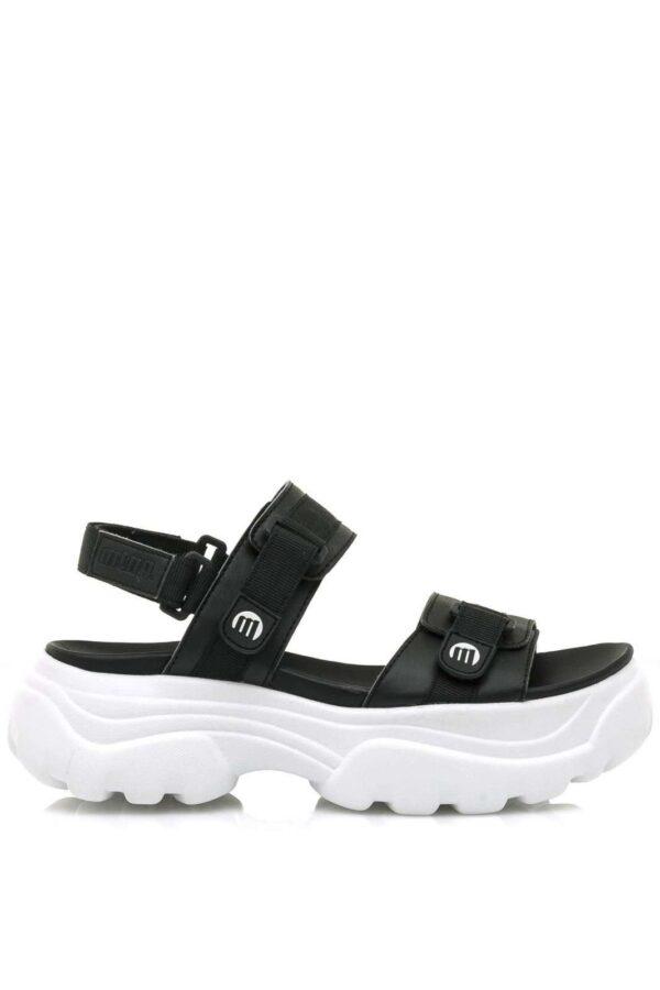 Dei sandali comodi e versatili, perfetti per la calda stagione. Per outfit informali, che mirano alla praticità senza però rinunciare allo stile.
