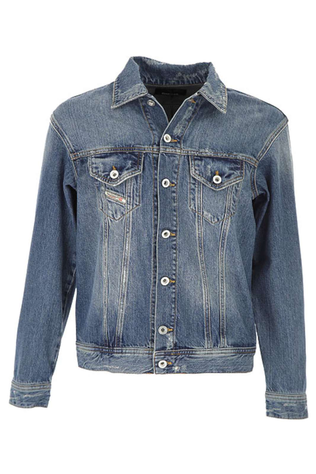 Un jacket in denim, stile anni '90, firmato Diesel, per regalare al tuo bambino un look chic e curato. Impreziosito da un maxi logo sulla schiena, sarà l'ideale per le serate primaverili. Per outfit accattivanti e street.