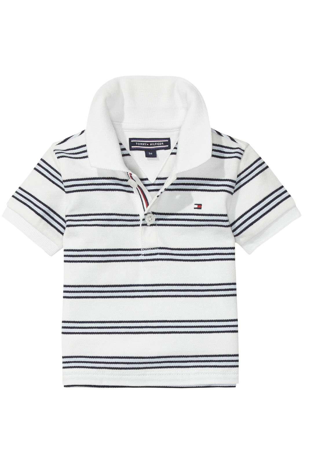 Semplice e delicata, la polo STRIPED BABY firmata Tommy Hilfiger. Perfetta per un look iconico e alla moda anche per i più piccoli.