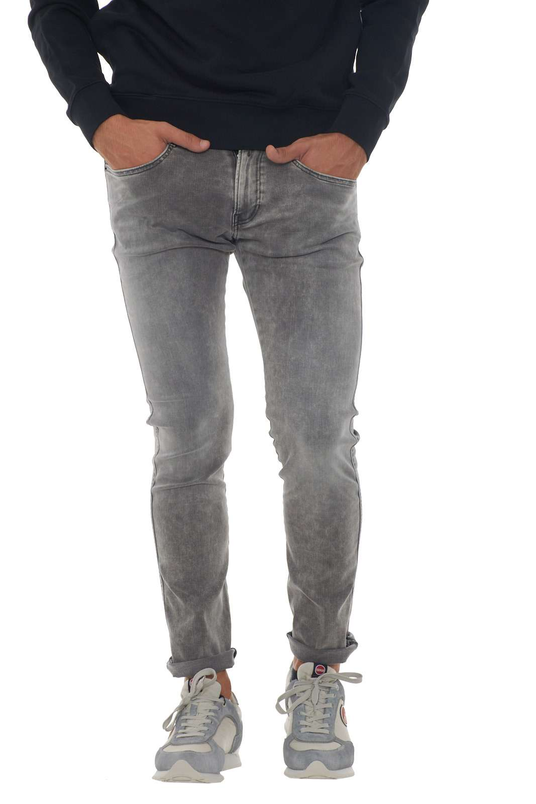 https://www.parmax.com/media/catalog/product/a/i/AI-Outlet-Parmax-Pantalone-Uomo-Replay-M91400066107B-A.jpg