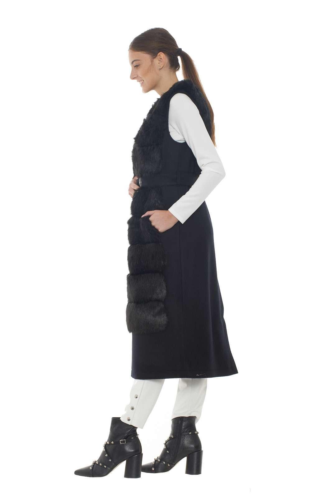 https://www.parmax.com/media/catalog/product/a/i/AI-outlet_parmax-cappotto-donna-Patrizia-Pepe-2l0844-B.jpg