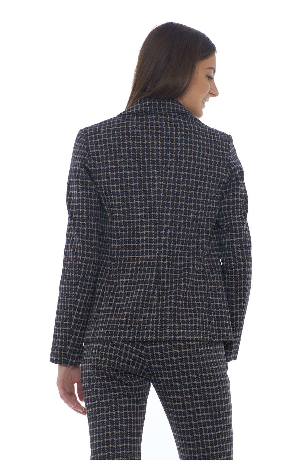 https://www.parmax.com/media/catalog/product/a/i/AI-outlet_parmax-giacca-donna-MaxMara-59160393-C.jpg