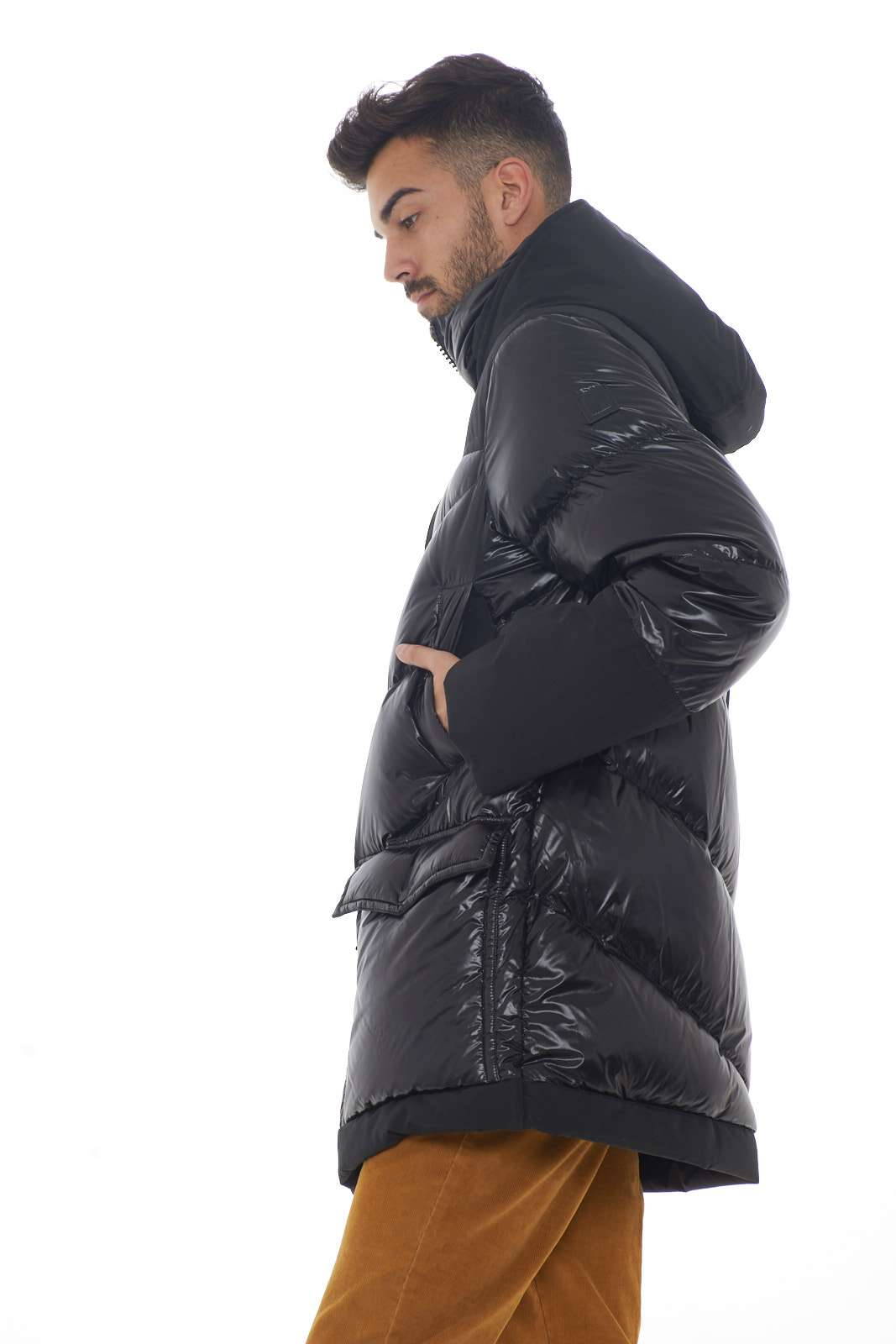 https://www.parmax.com/media/catalog/product/a/i/AI-outlet_parmax-giubbino-uomo-Woolrich-WOCPS2860-B.jpg