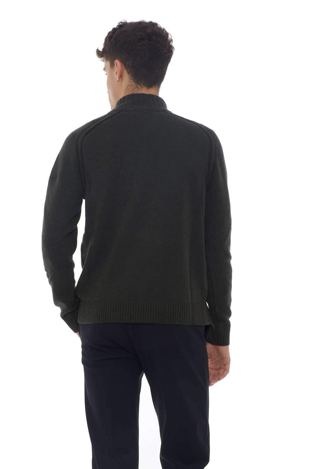 https://www.parmax.com/media/catalog/product/a/i/AI-outlet_parmax-maglia-uomo-RRD-W19131-C.jpg