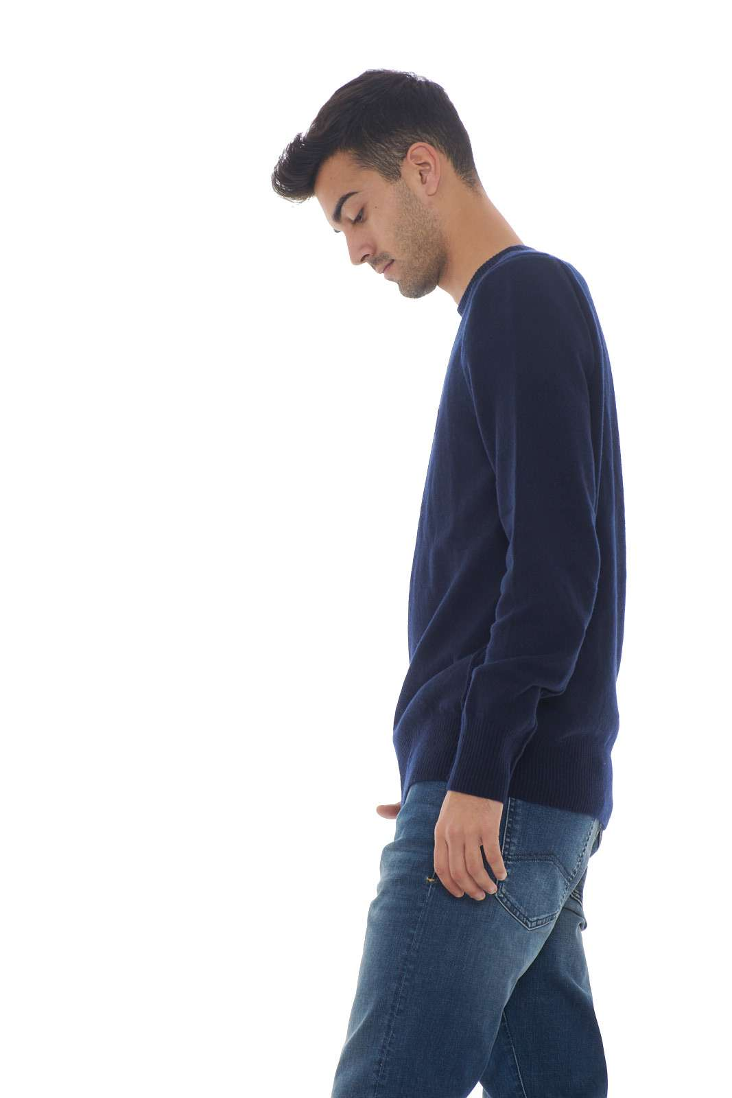 https://www.parmax.com/media/catalog/product/a/i/AI-outlet_parmax-maglia-uomo-Woolrich-WOMAG1884-B.jpg