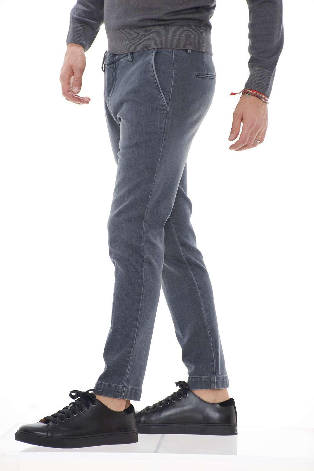 https://www.parmax.com/media/catalog/product/A/I/AI-outlet_parmax-pantalone-uomo-Michael-Coal-Brad1060-B.jpg