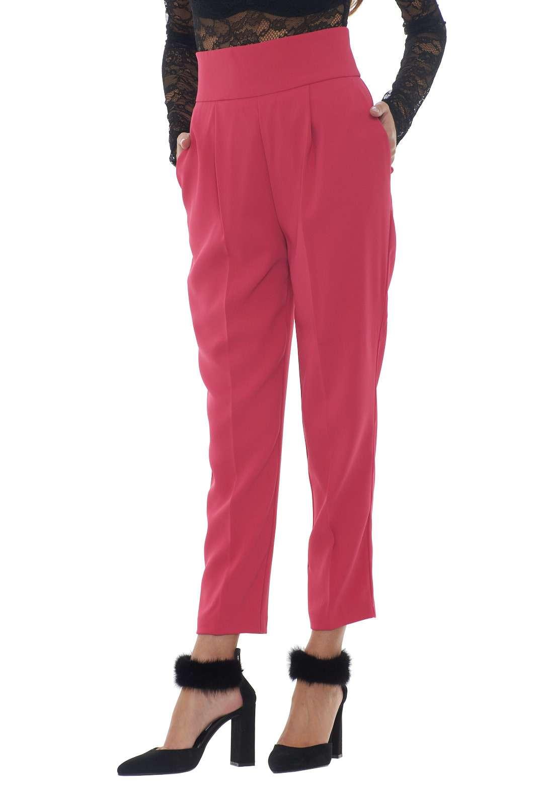 https://www.parmax.com/media/catalog/product/a/i/AI-outlet_parmax-pantaloni-donna-Pinko-1G14C7-A.jpg