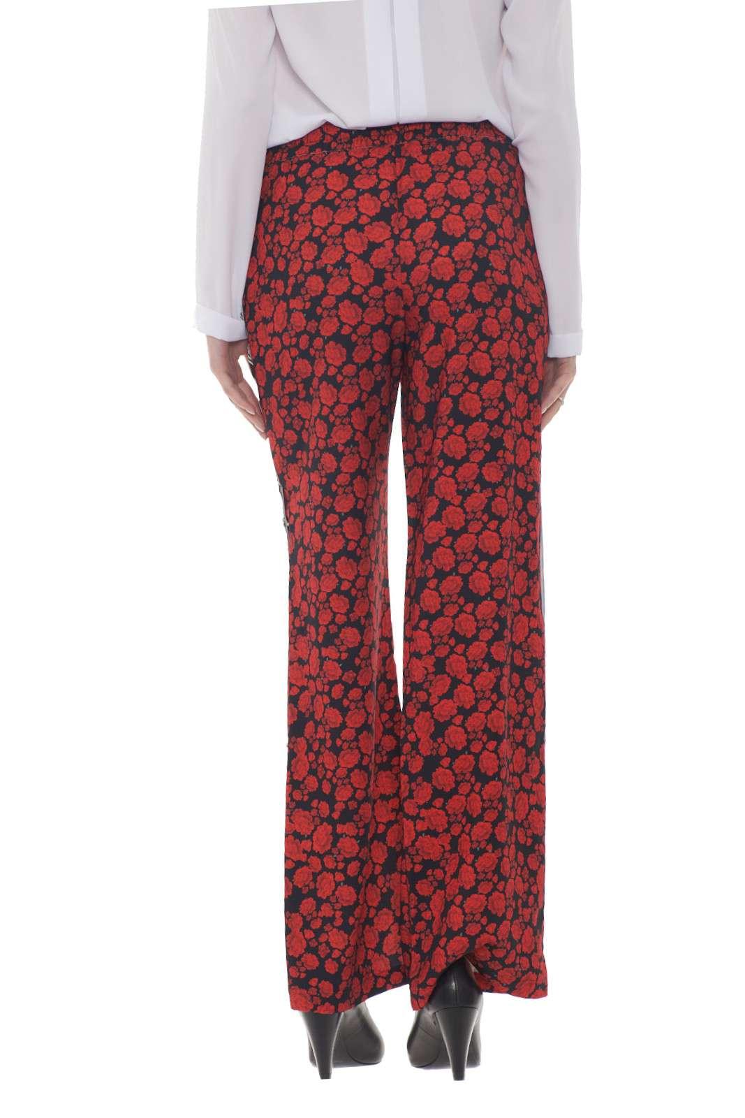 https://www.parmax.com/media/catalog/product/a/i/AI-outlet_parmax-pantaloni-donna-SH-Collection-17102019-C.jpg