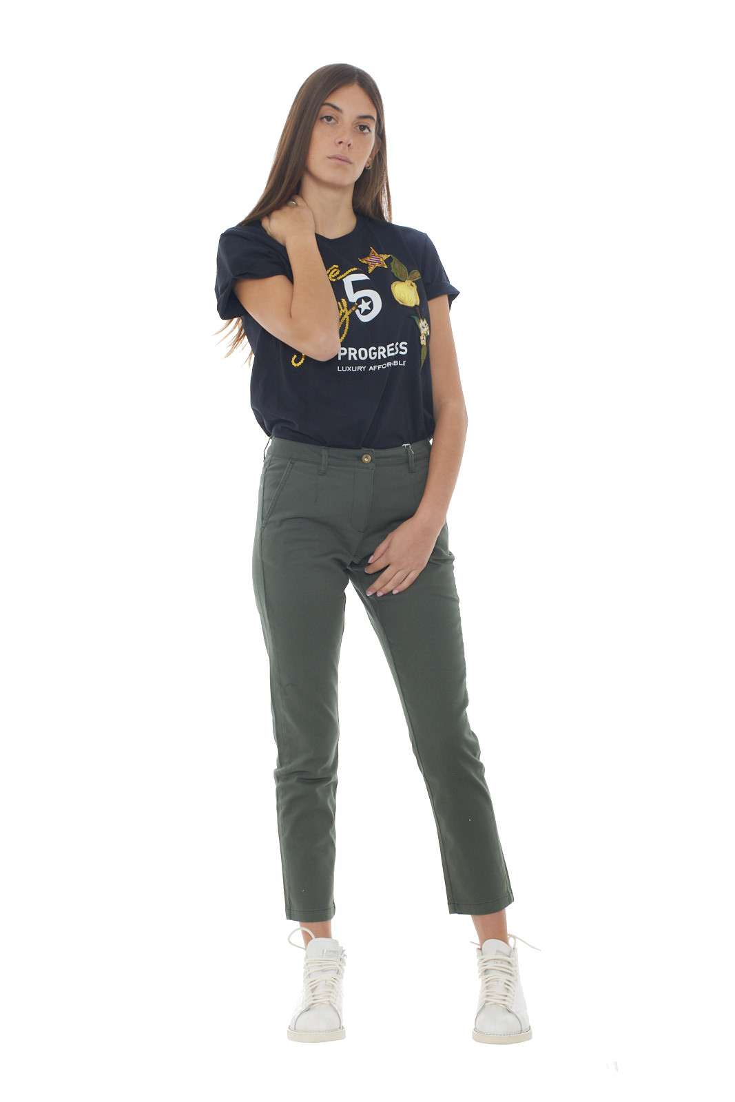 https://www.parmax.com/media/catalog/product/a/i/AI-outlet_parmax-pantaloni-donna-SH-Collection-18102019-D.jpg