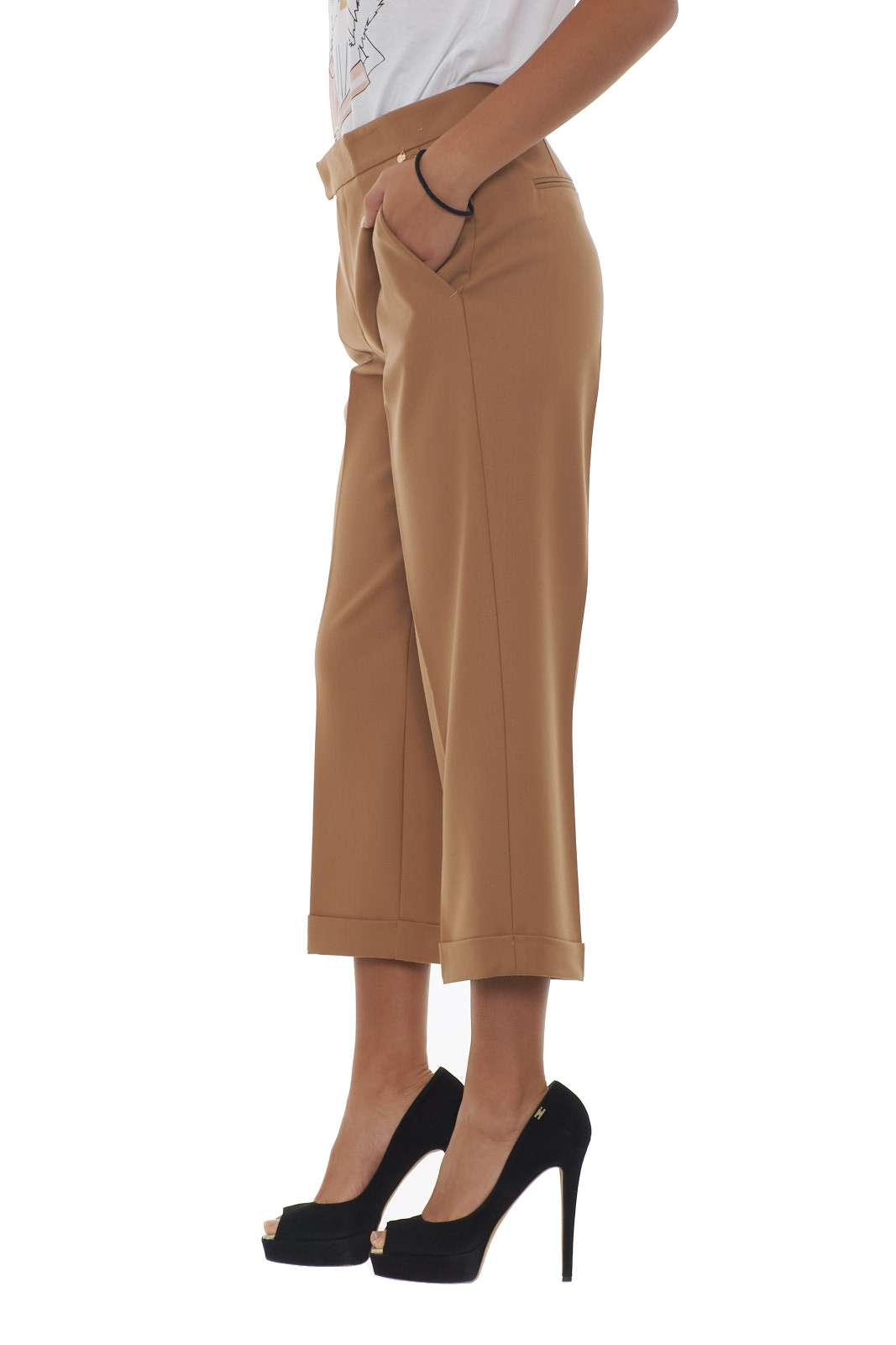 https://www.parmax.com/media/catalog/product/a/i/AI-outlet_parmax-pantaloni-donna-Twin-Set-192TT2455-B.jpg