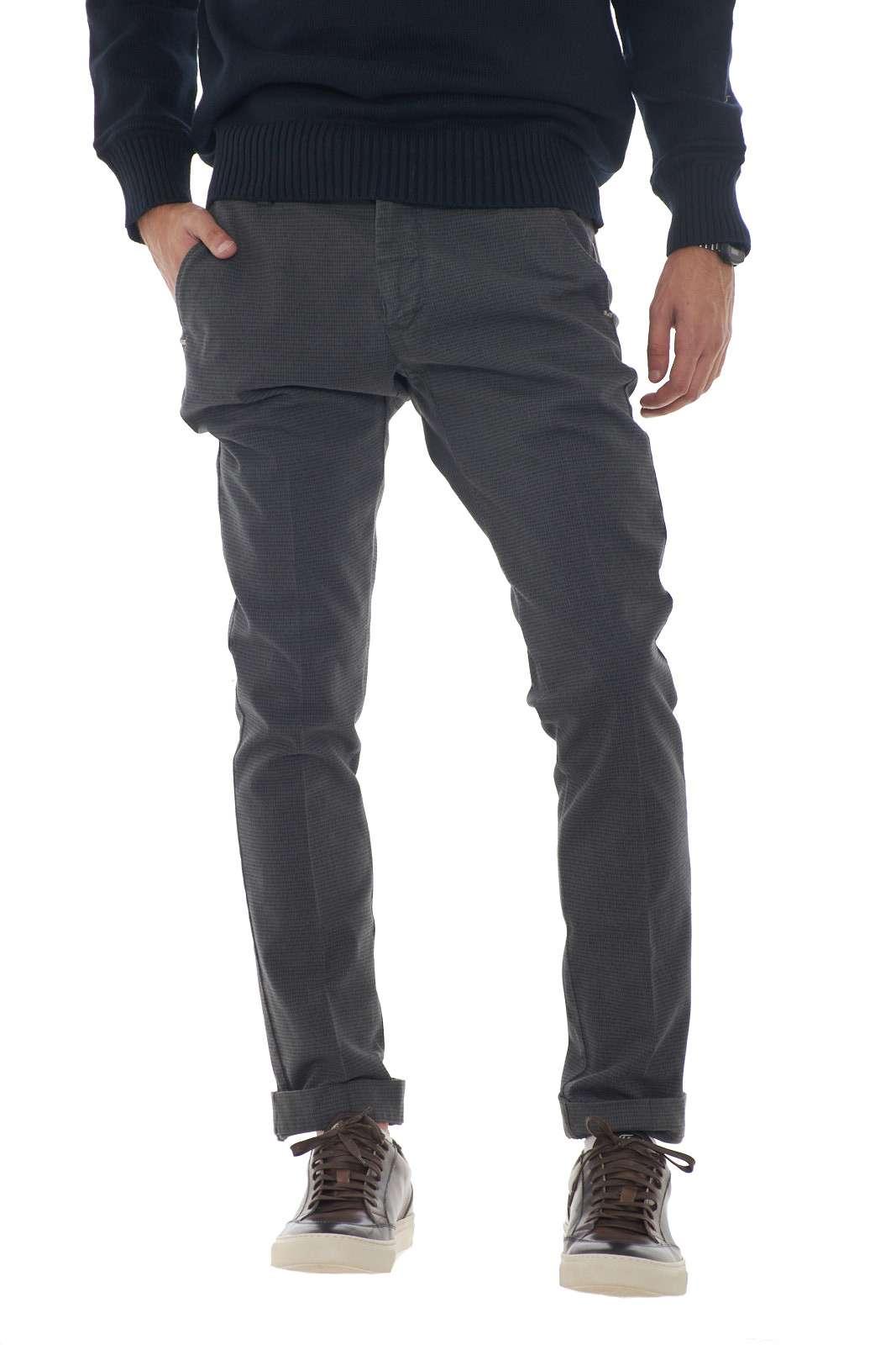 https://www.parmax.com/media/catalog/product/a/i/AI-outlet_parmax-pantaloni-uomo-Entre-Amis-A208358%201788-A.jpg