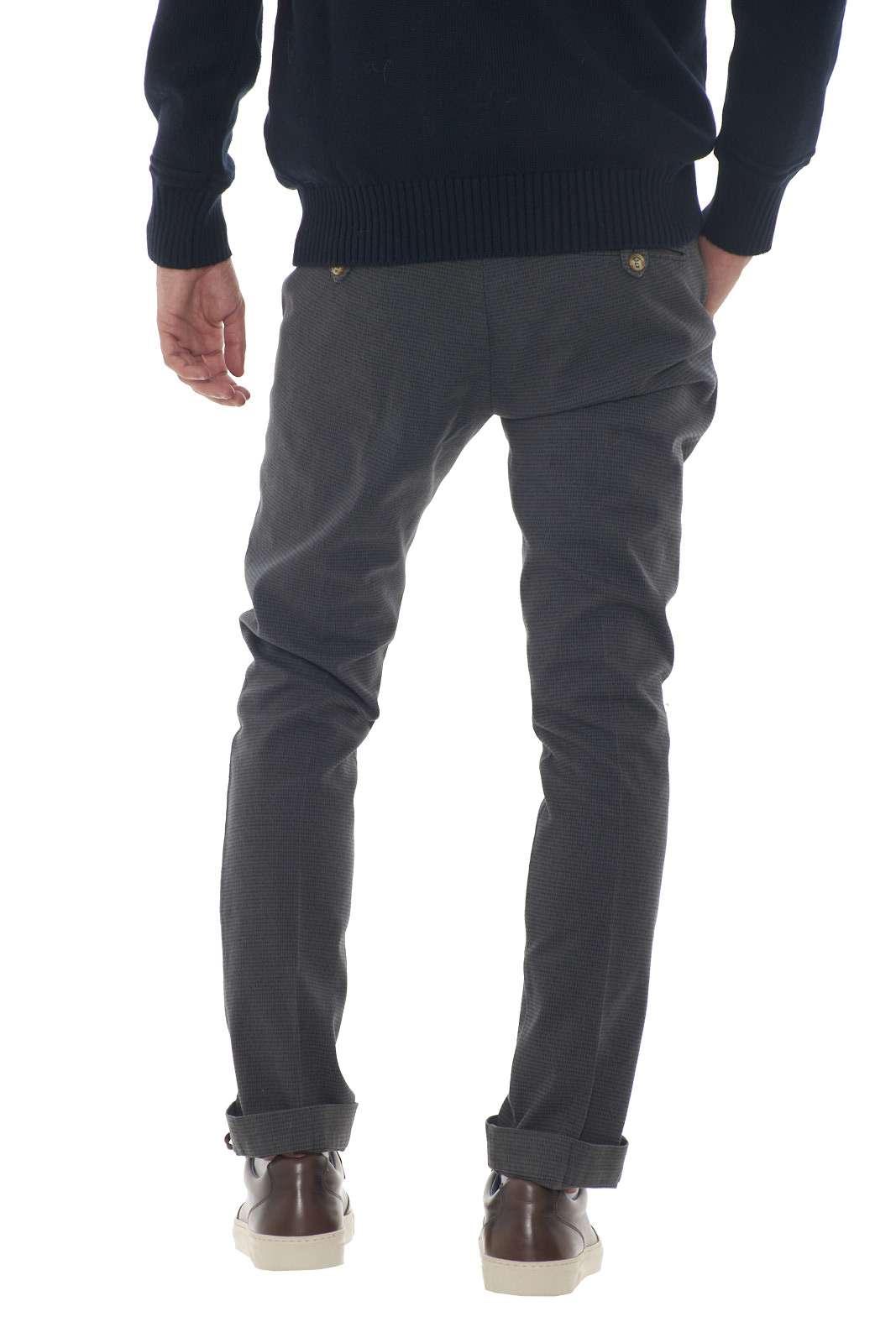 https://www.parmax.com/media/catalog/product/a/i/AI-outlet_parmax-pantaloni-uomo-Entre-Amis-A208358%201788-C.jpg