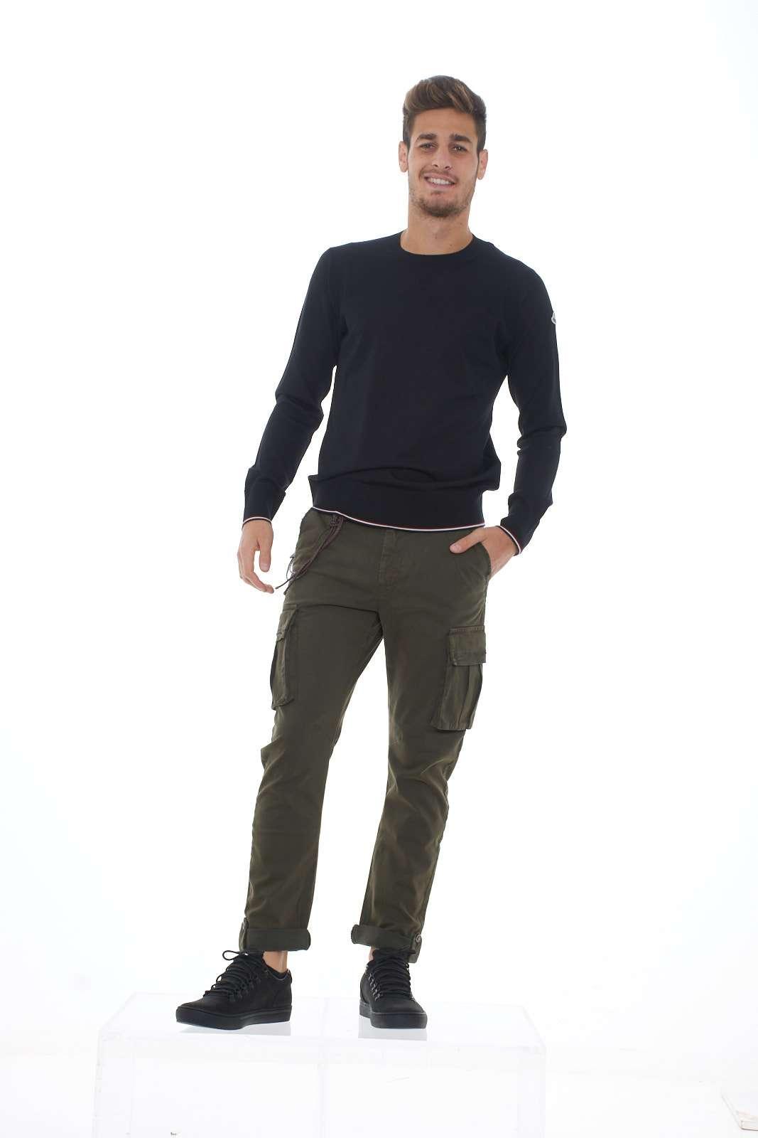 https://www.parmax.com/media/catalog/product/A/I/AI-outlet_parmax-pantaloni-uomo-Squad-gvc9711-D.jpg