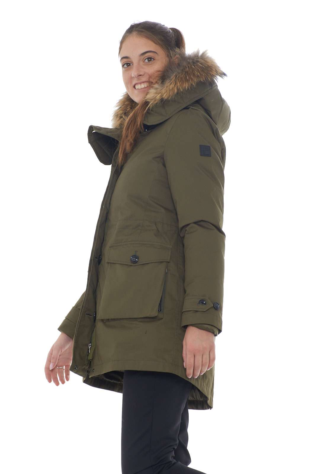 https://www.parmax.com/media/catalog/product/a/i/AI-outlet_parmax-parka-donna-Woolrich-WWCPS2760-B.jpg