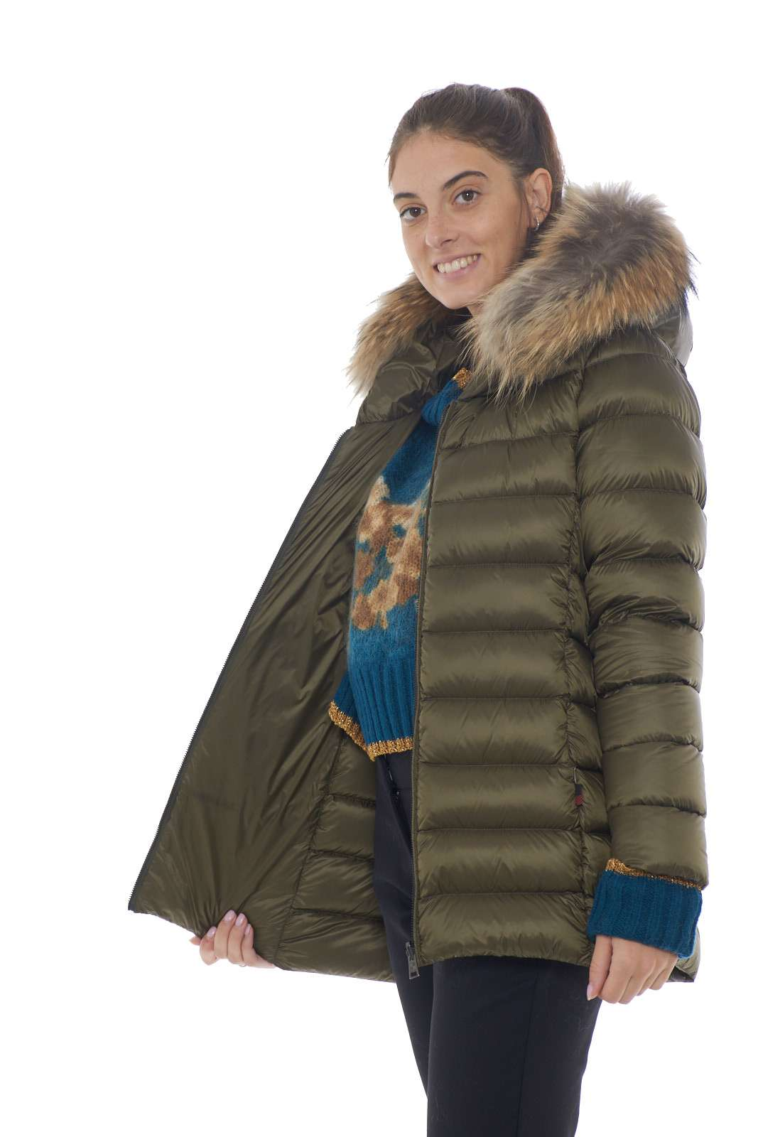 https://www.parmax.com/media/catalog/product/a/i/AI-outlet_parmax-parka-donna-Woolrich-WWCPS2760-F.jpg