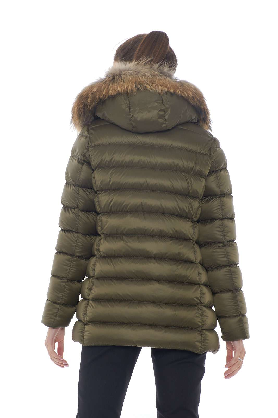 https://www.parmax.com/media/catalog/product/a/i/AI-outlet_parmax-parka-donna-Woolrich-WWCPS2760-G.jpg