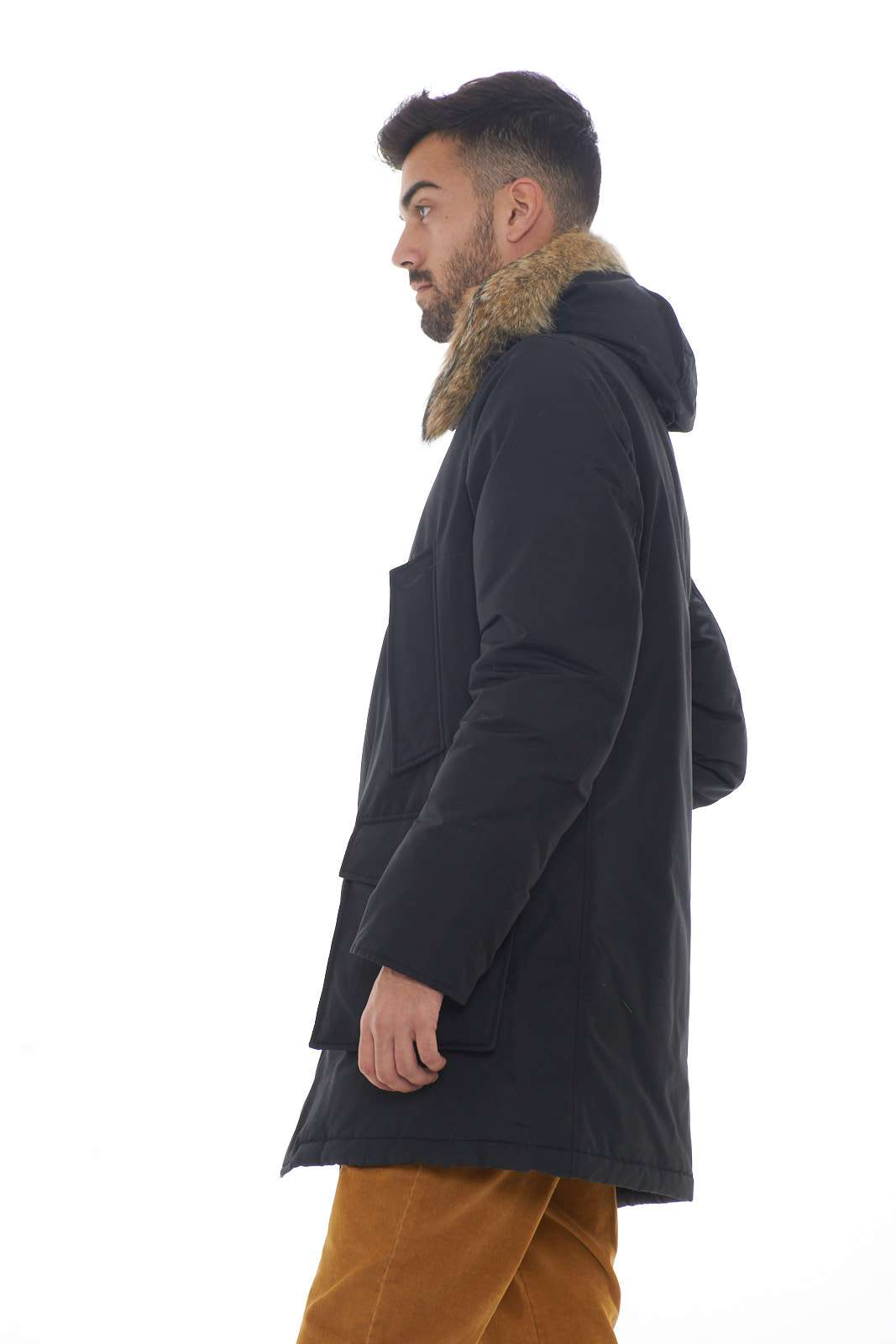 https://www.parmax.com/media/catalog/product/a/i/AI-outlet_parmax-parka-uomo-Woolrich-WOCPS2880-B.jpg