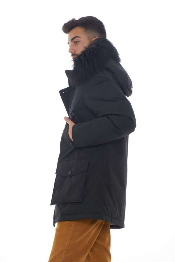 https://www.parmax.com/media/catalog/product/a/i/AI-outlet_parmax-parka-uomo-Woolrich-WOCPS2912-B.jpg