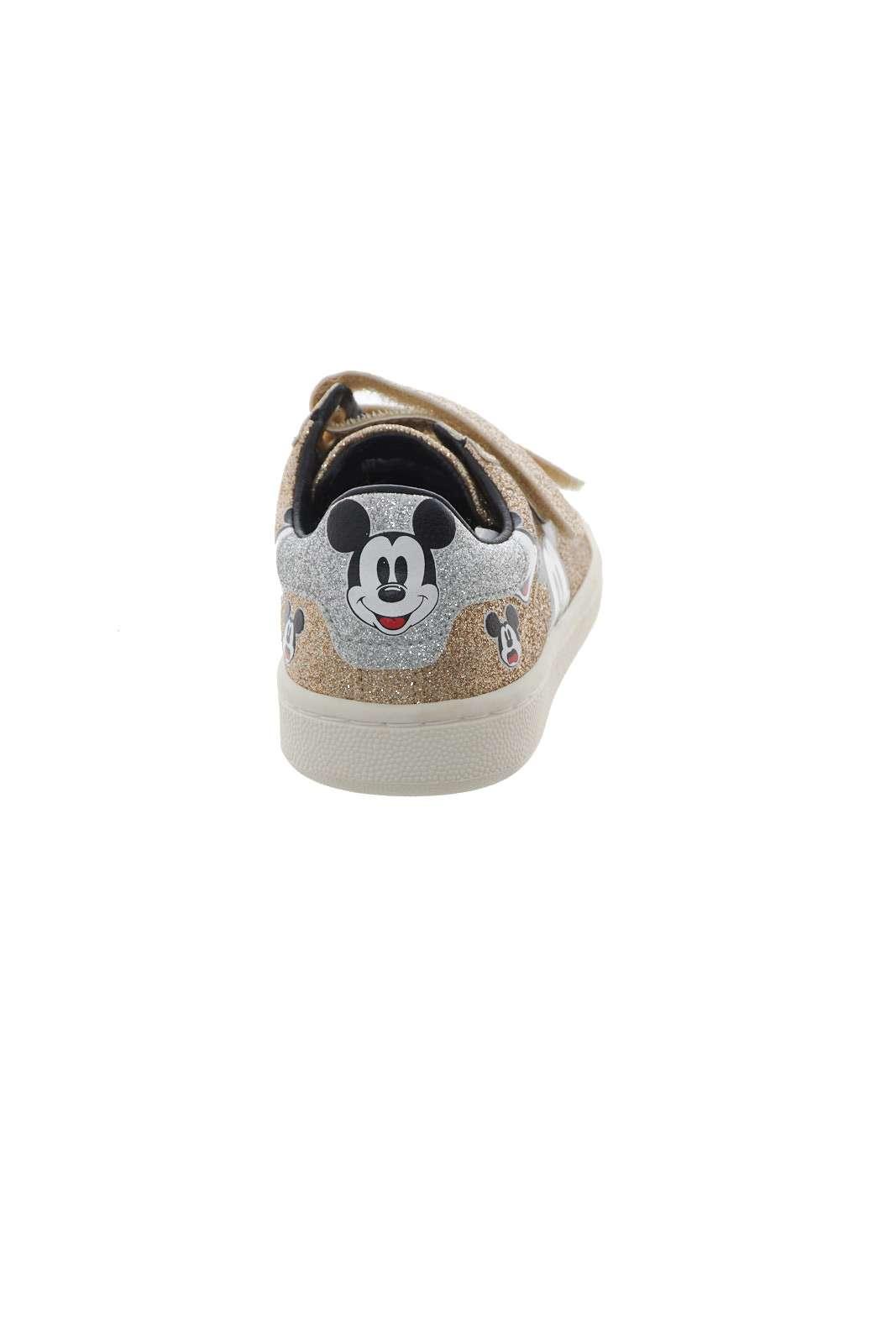 https://www.parmax.com/media/catalog/product/A/I/AI-outlet_parmax-scarpe-bambina-MoaConcept-MDJ269-D.jpg