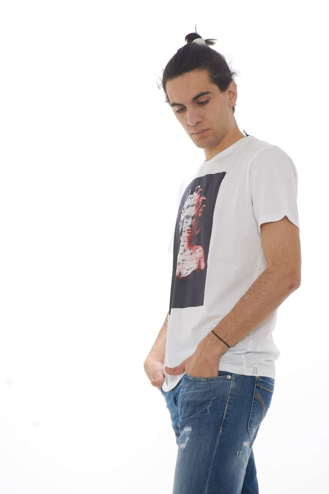 https://www.parmax.com/media/catalog/product/a/i/PE_outlet_parmax-t-shirt-uomo-Bomboogie-TM5602-B.jpg