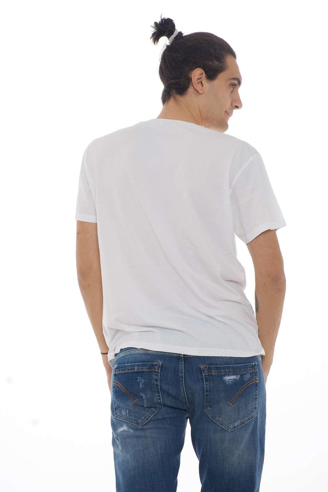 https://www.parmax.com/media/catalog/product/a/i/PE_outlet_parmax-t-shirt-uomo-Bomboogie-TM5602-C.jpg