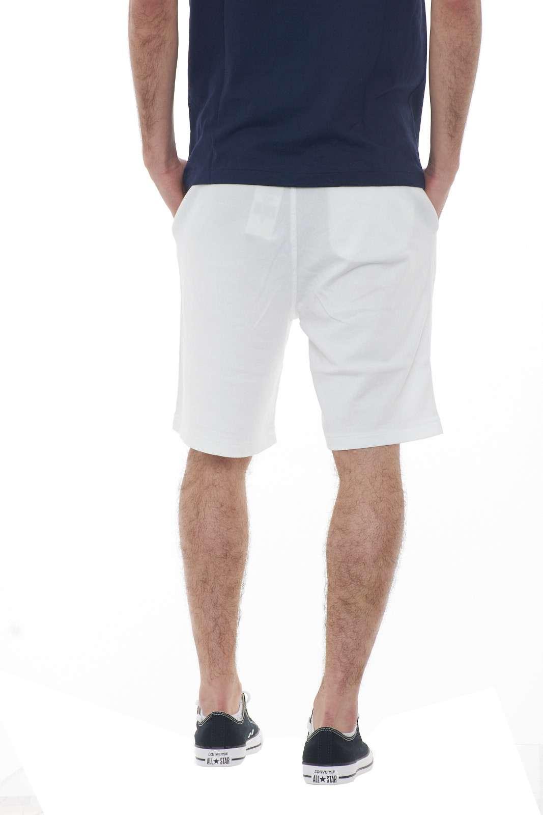 https://www.parmax.com/media/catalog/product/a/i/PE-outlet_parmax-pantaloncini-uomo-Ralph-Lauren-710704271004-C.jpg
