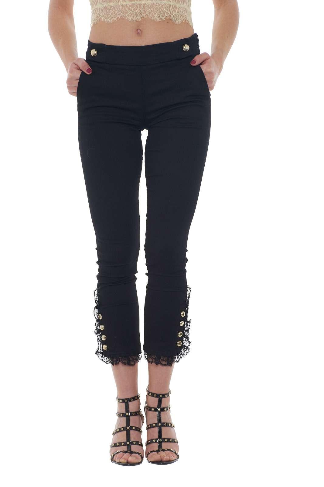 https://www.parmax.com/media/catalog/product/a/i/PE-outlet_parmax-pantaloni-donna-Liu-Jo-U18076-A.jpg