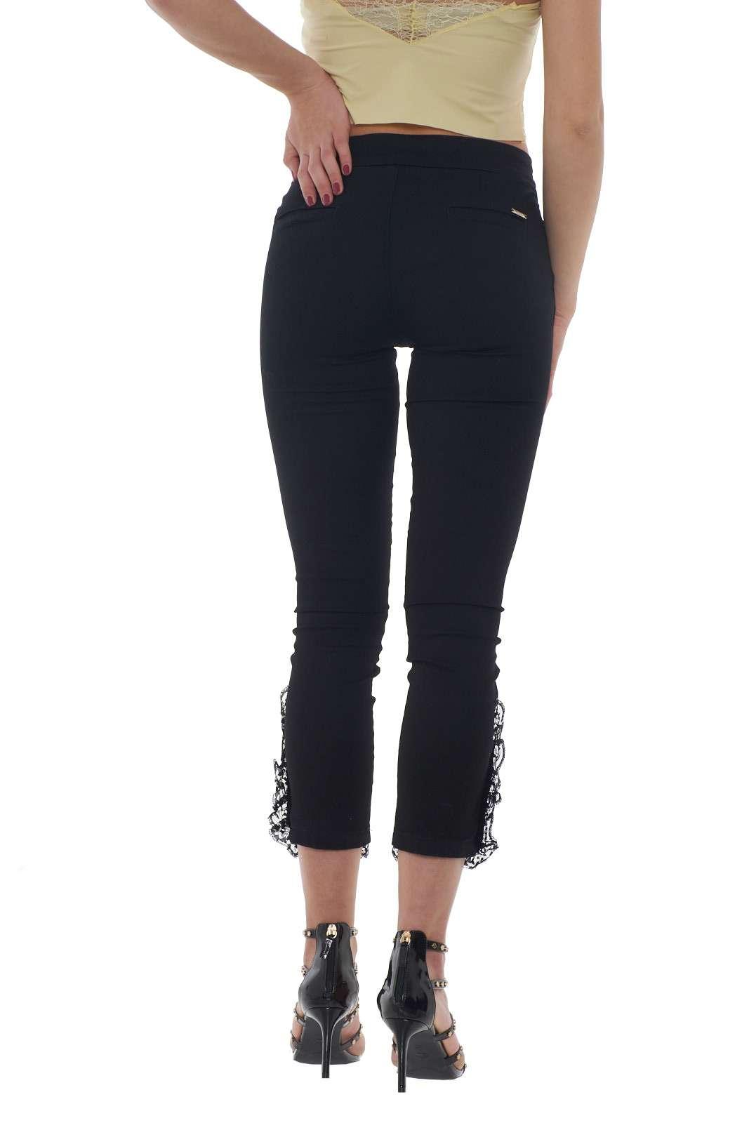 https://www.parmax.com/media/catalog/product/a/i/PE-outlet_parmax-pantaloni-donna-Liu-Jo-U18076-C.jpg