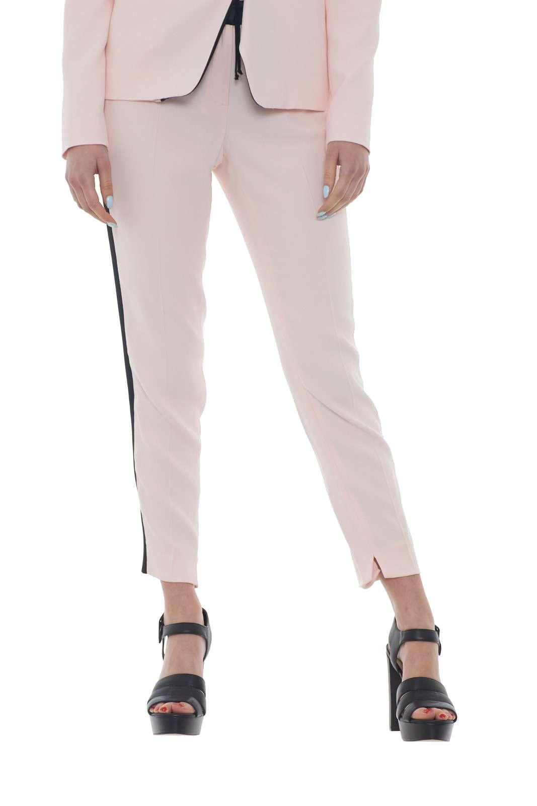 https://www.parmax.com/media/catalog/product/a/i/PE-outlet_parmax-pantaloni-donna-Liu-Jo-i18076-A.jpg