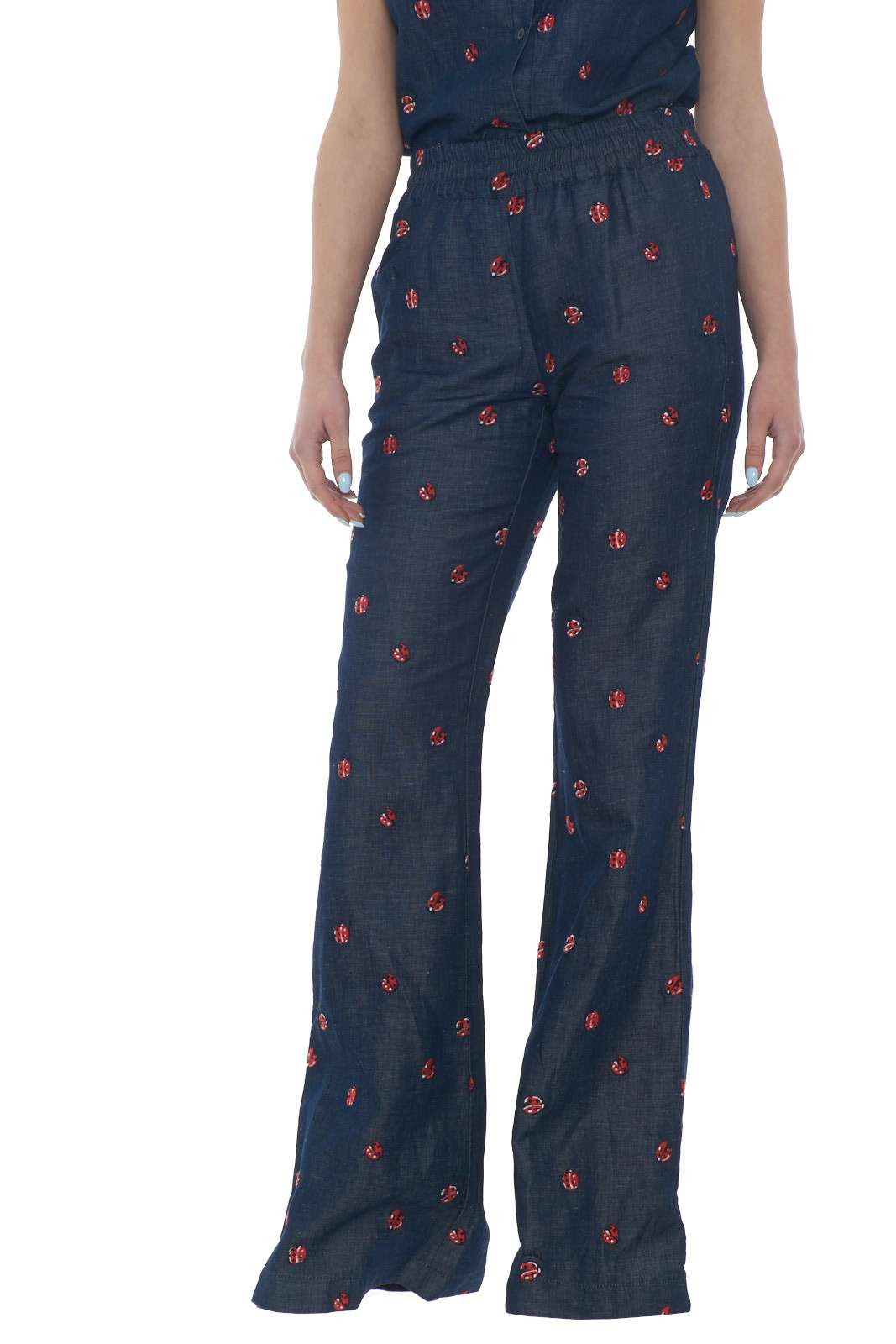 /media/catalog/product/a/i/PE-outlet_parmax-pantaloni-donna-Love-Moschino-W%20P%20935%2000%20T%209738-A.jpg