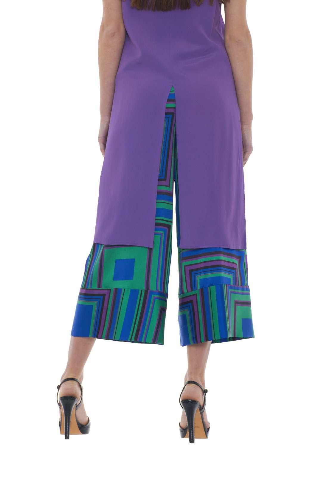 https://www.parmax.com/media/catalog/product/a/i/PE-outlet_parmax-pantaloni-donna-Mem-pa129v02-C.jpg