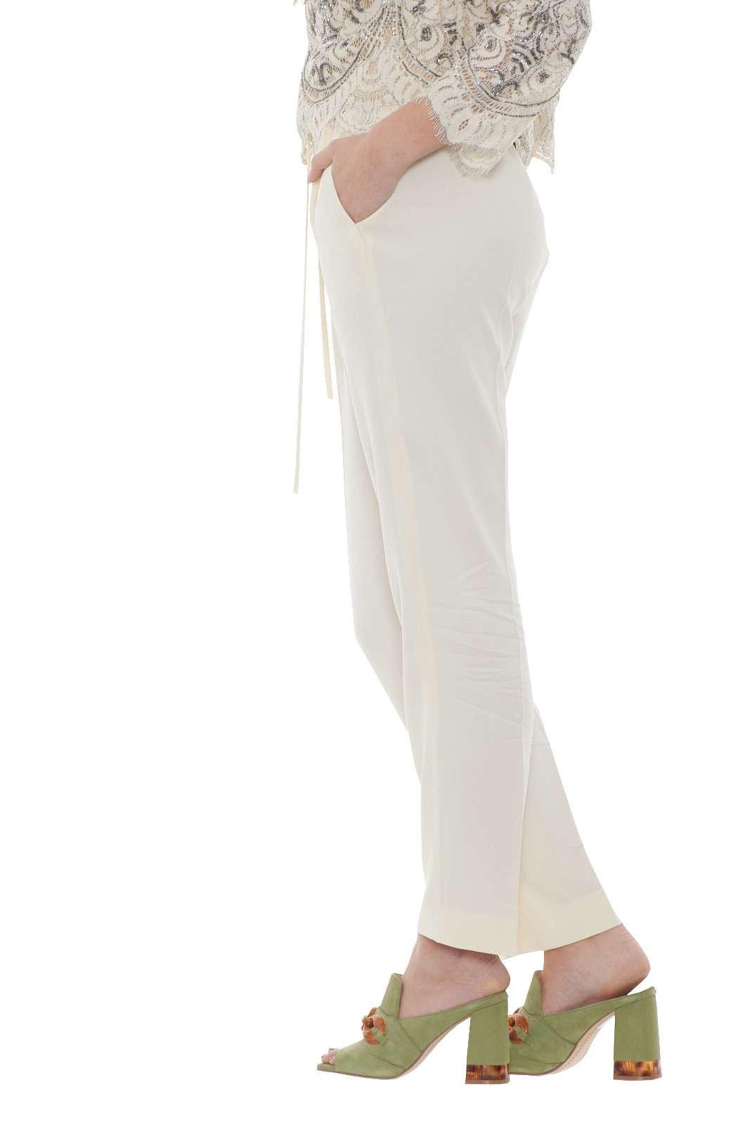 https://www.parmax.com/media/catalog/product/a/i/PE-outlet_parmax-pantaloni-donna-TwinSet-201TP2431-B.jpg
