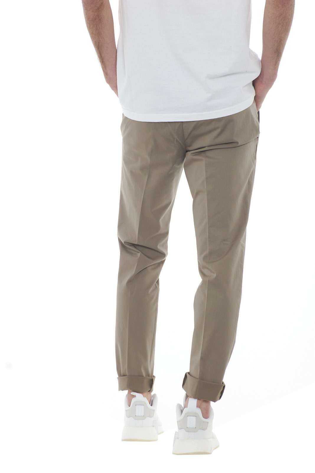 https://www.parmax.com/media/catalog/product/a/i/PE-outlet_parmax-pantaloni-uomo-Desica-POSITANORASO-C.jpg