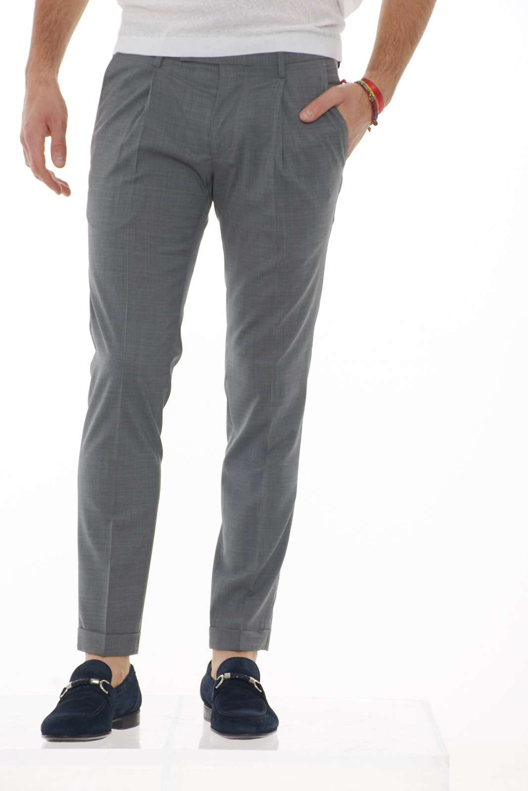 https://www.parmax.com/media/catalog/product/a/i/PE-outlet_parmax-pantaloni-uomo-Michael-Coal-FREDERICK3343-A.jpg