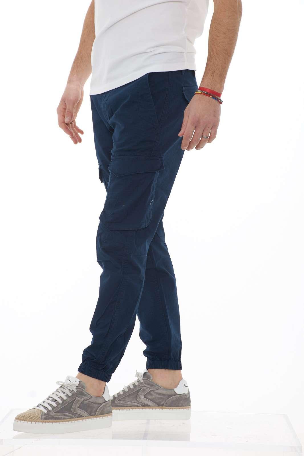 https://www.parmax.com/media/catalog/product/a/i/PE-outlet_parmax-pantaloni-uomo-Timberland-TB%200A1OBC-B.jpg