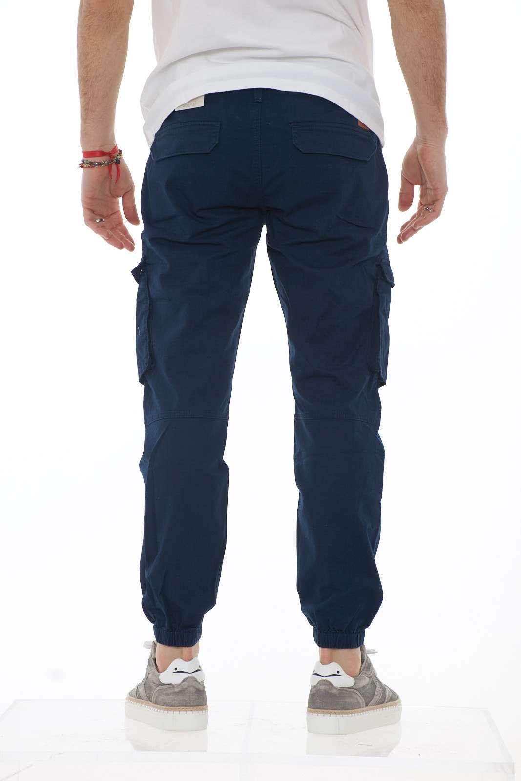 https://www.parmax.com/media/catalog/product/a/i/PE-outlet_parmax-pantaloni-uomo-Timberland-TB%200A1OBC-C.jpg