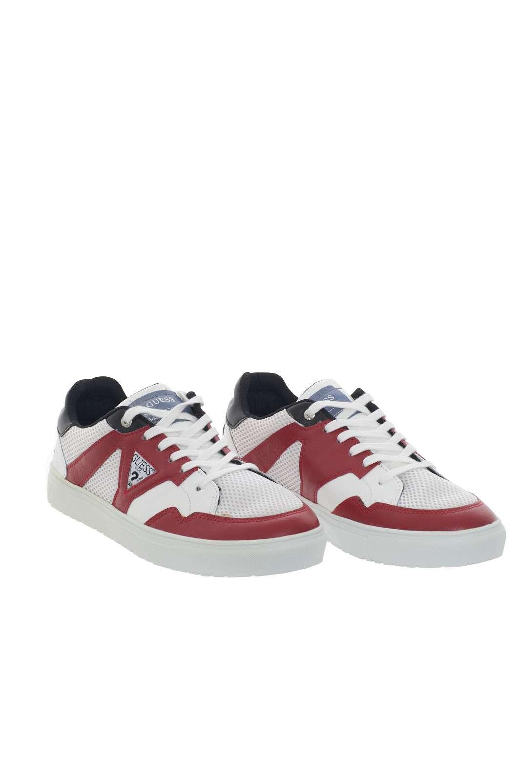 https://www.parmax.com/media/catalog/product/a/i/PE-outlet_parmax-sneaker-uomo-Guess-FM5BRILEA12-C.jpg