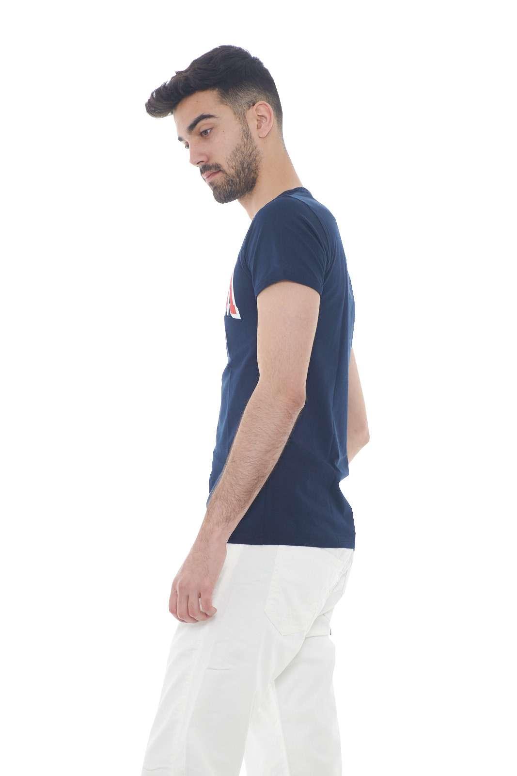 https://www.parmax.com/media/catalog/product/a/i/PE-outlet_parmax-t-shirt-Museum-MS19BEU-B.jpg