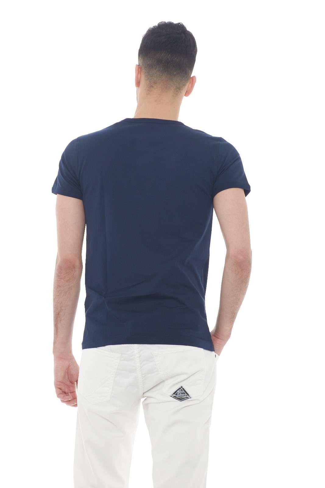 https://www.parmax.com/media/catalog/product/a/i/PE-outlet_parmax-t-shirt-Museum-MS19BEU-C.jpg