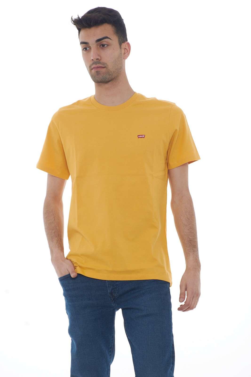 https://www.parmax.com/media/catalog/product/a/i/PE-outlet_parmax-t-shirt-uomo-Levis-171640003-A.jpg