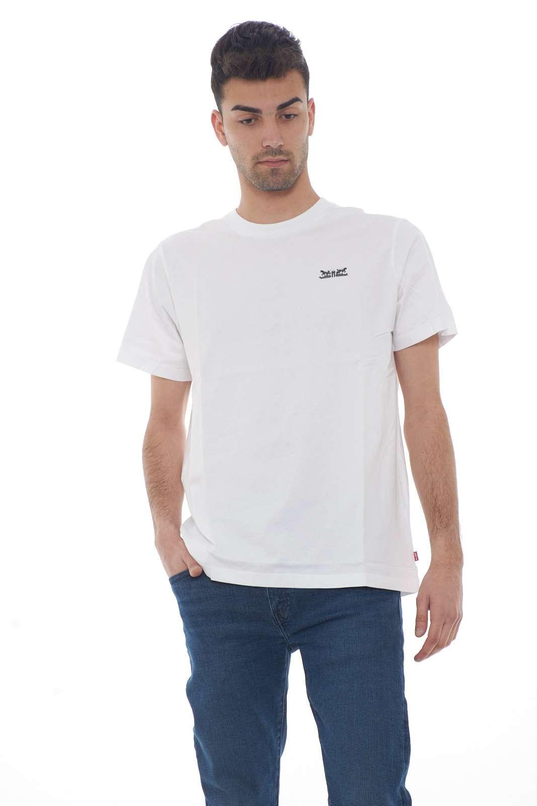 https://www.parmax.com/media/catalog/product/a/i/PE-outlet_parmax-t-shirt-uomo-Levis-699780032-A.jpg