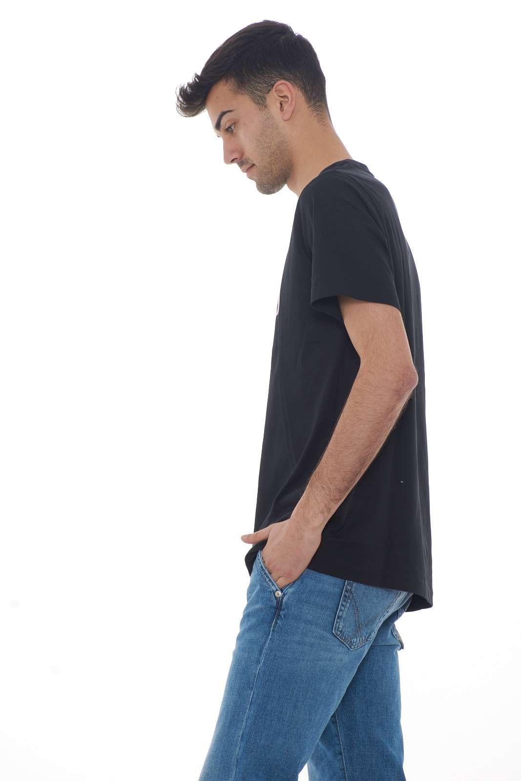 https://www.parmax.com/media/catalog/product/a/i/PE-outlet_parmax-t-shirt-uomo-Levis-699780044-B.jpg