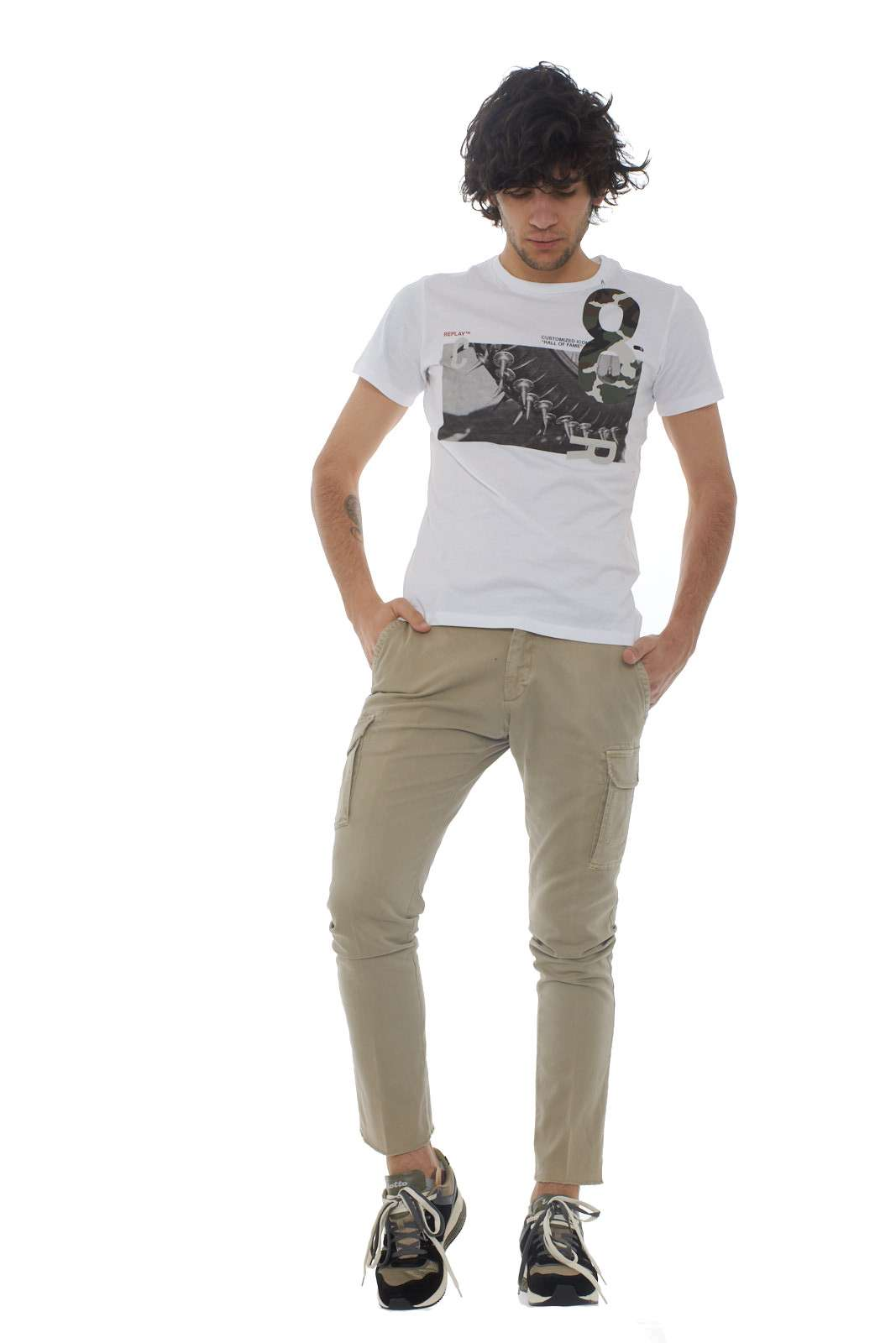 https://www.parmax.com/media/catalog/product/a/i/PE-outlet_parmax-t-shirt-uomo-Replay-M3733-D.jpg