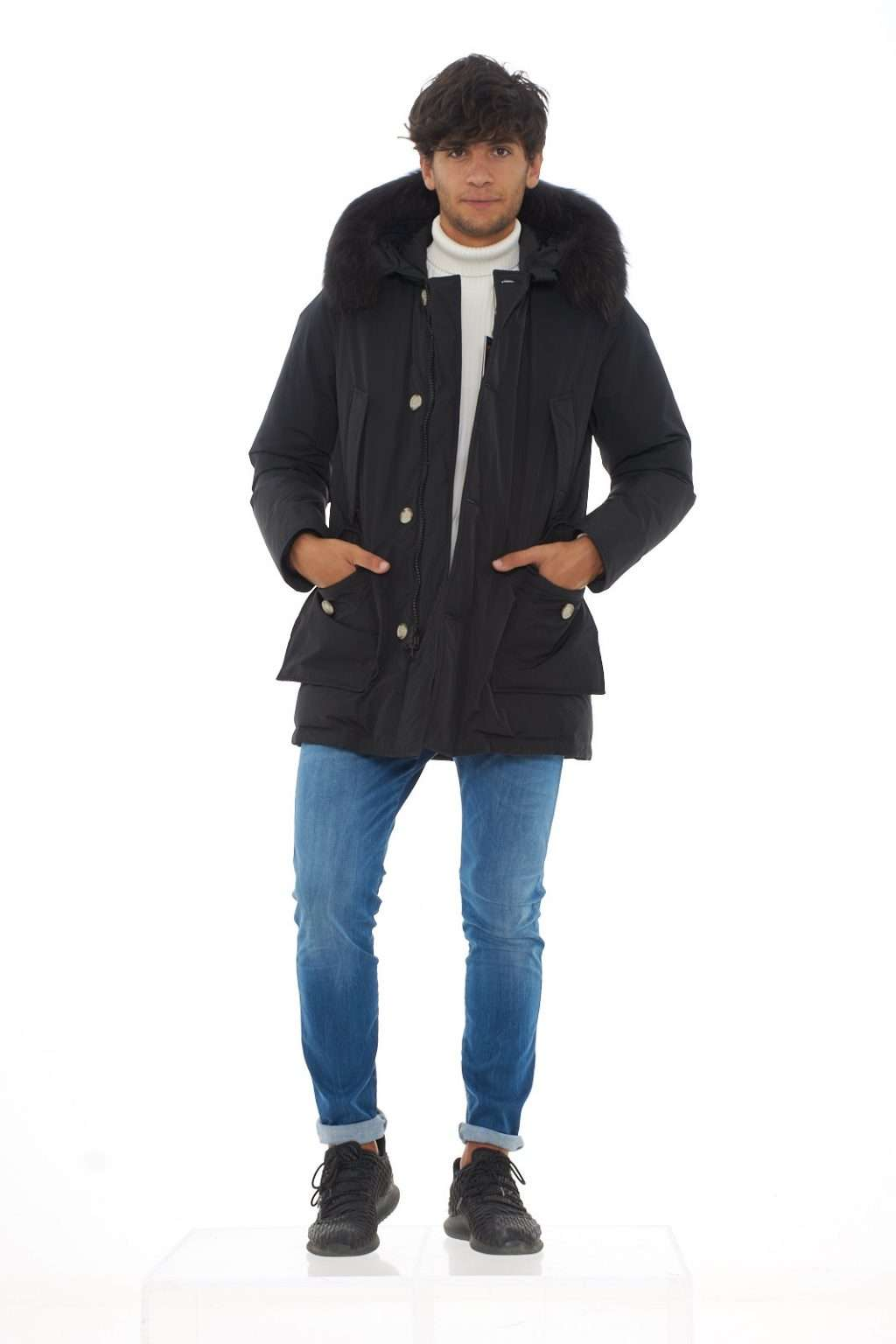https://www.parmax.com/media/catalog/product/a/i/ai-outlet_parmax-giubbotto-uomo-woolrich-wocps2708-d.jpg