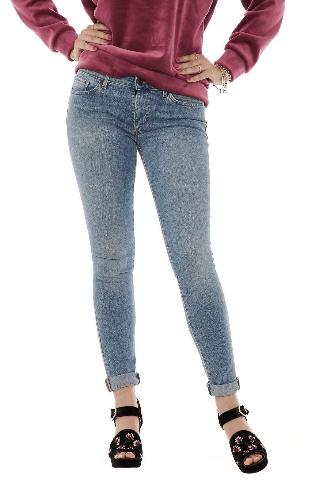 https://www.parmax.com/media/tmp/catalog/product/a/i/ai-outlet_parmax-jeans-donna-levis-18810100-a.jpg