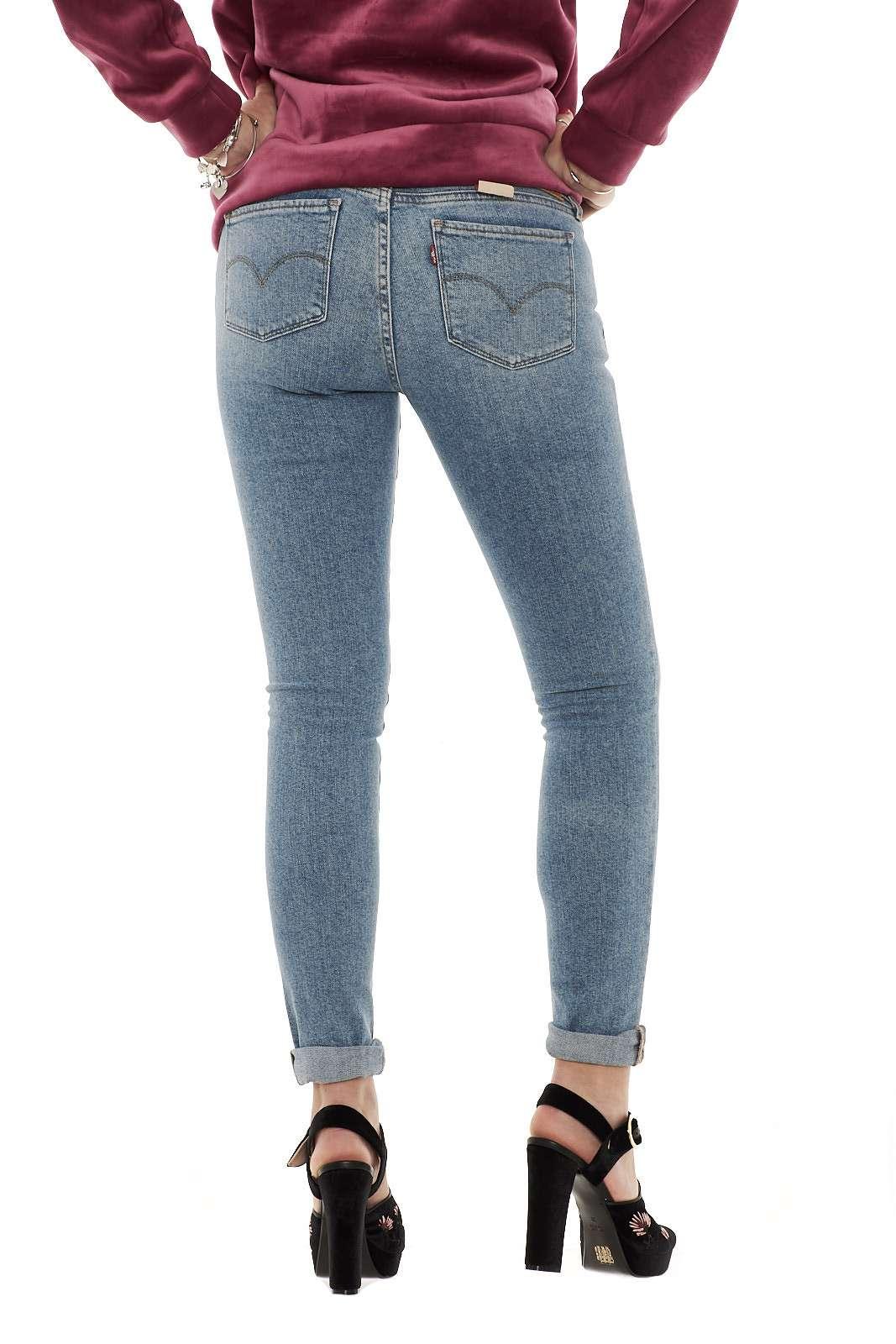 https://www.parmax.com/media/tmp/catalog/product/a/i/ai-outlet_parmax-jeans-donna-levis-18810100-c.jpg