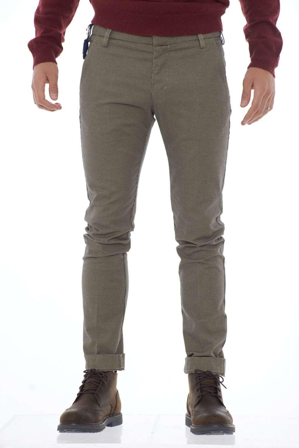 https://www.parmax.com/media/catalog/product/a/i/ai-outlet_parmax-pantaloni-uomo-entre-amis-a1982011536l17-a.jpg