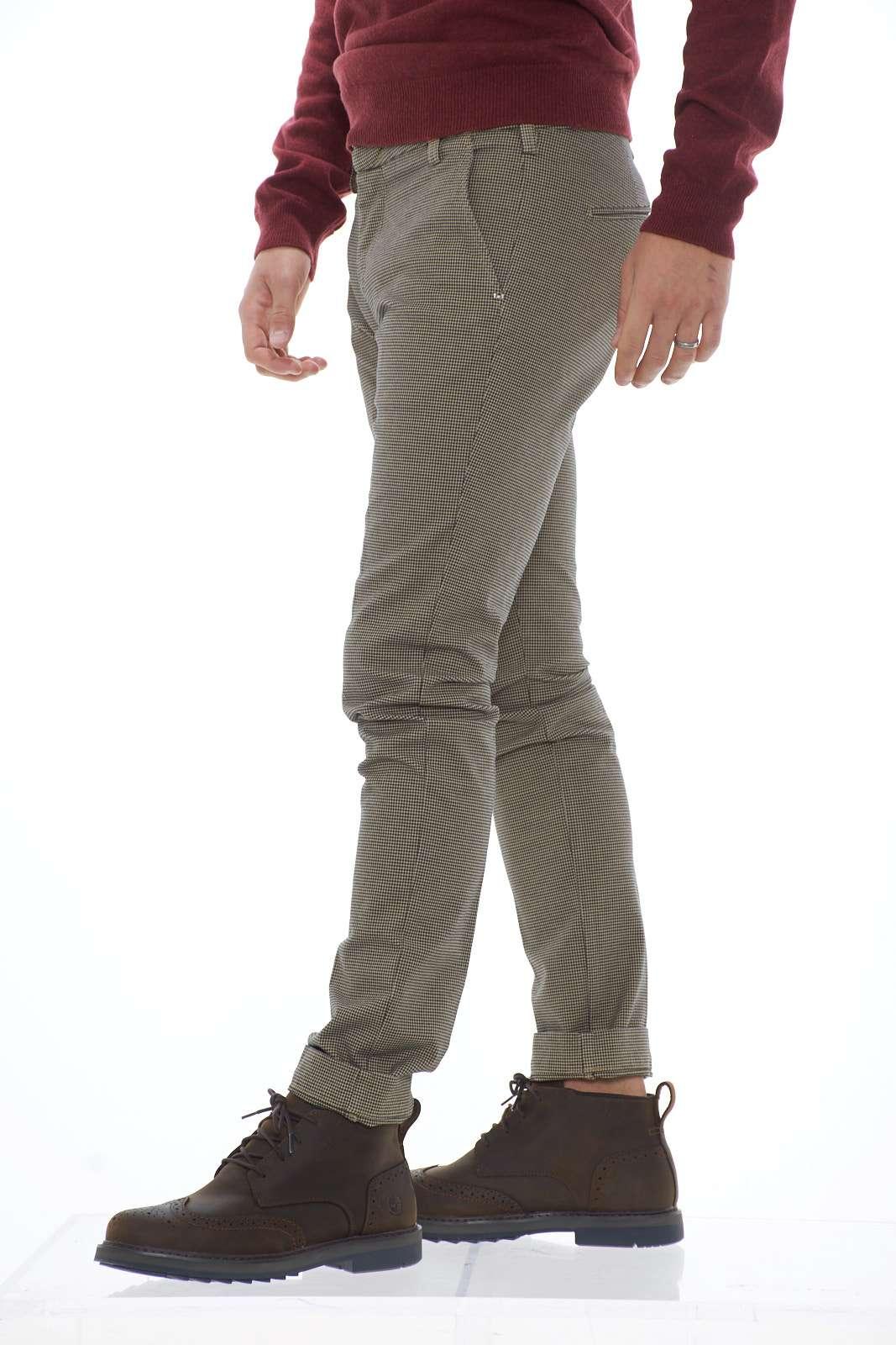 https://www.parmax.com/media/catalog/product/a/i/ai-outlet_parmax-pantaloni-uomo-entre-amis-a1982011536l17-b.jpg