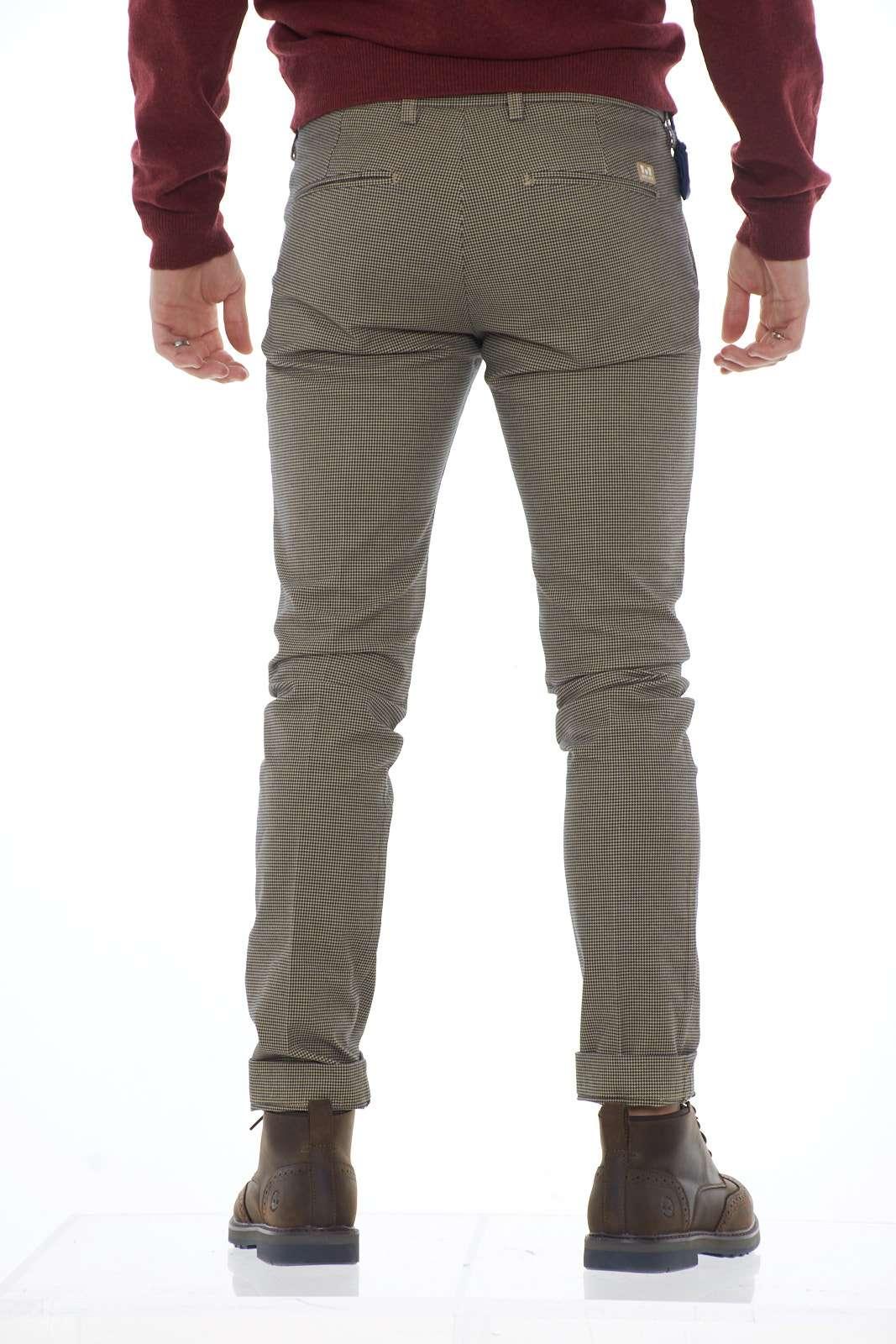 https://www.parmax.com/media/catalog/product/a/i/ai-outlet_parmax-pantaloni-uomo-entre-amis-a1982011536l17-c.jpg